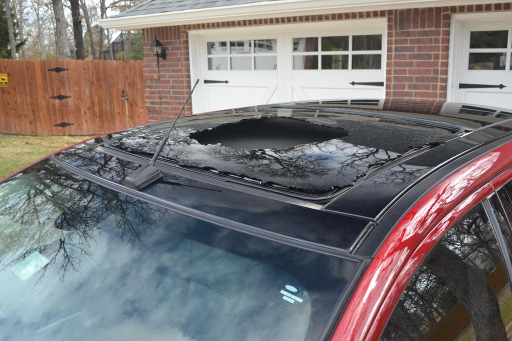 2013 Ford Edge Sunroof Exploded  1 Complaints