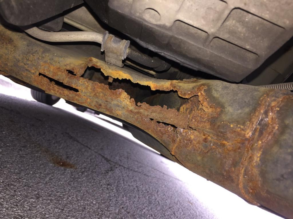 Jeep Dealership Columbus Ohio 2005 Chrysler Pacifica Engine Cradle Rot: 6 Complaints