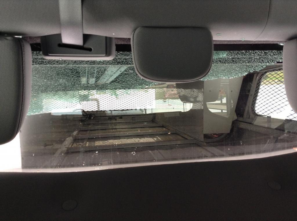 2014 Ford F 150 Rear Window Shattered 9 Complaints