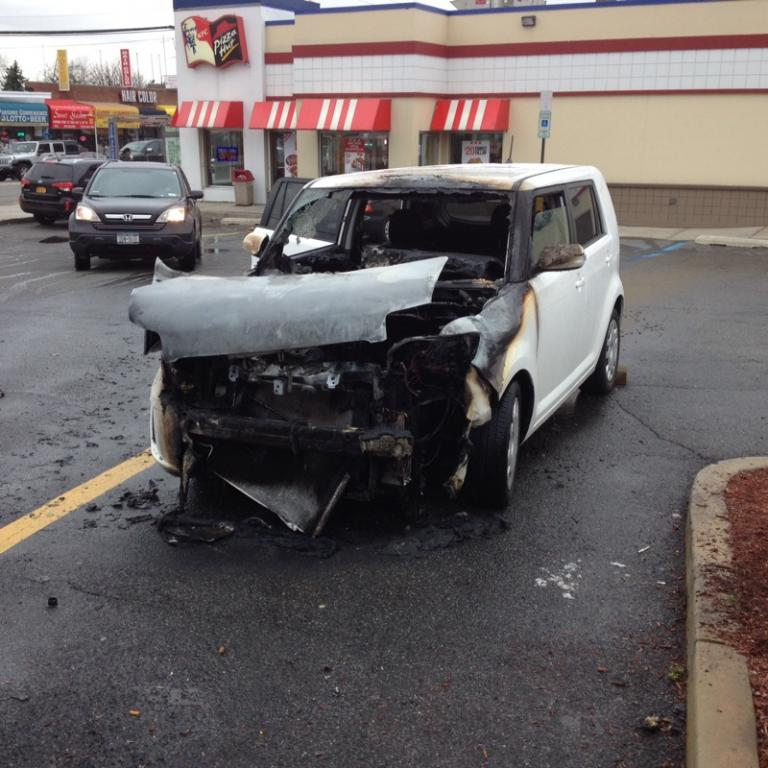 2009 scion xb the engine spontaneously caught fire 2. Black Bedroom Furniture Sets. Home Design Ideas