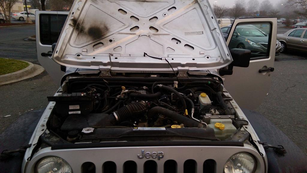 2008 jeep wrangler fire in wiring harness fuse box 4 complaints rh carcomplaints com Jeep XJ jeep jk wiring box