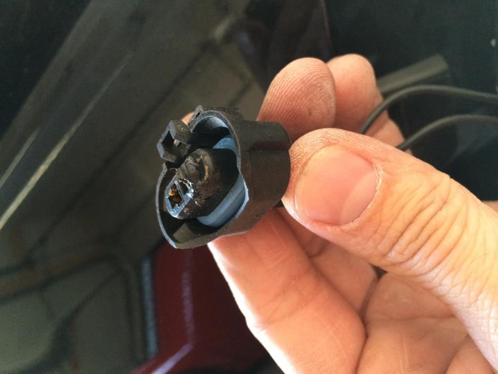 2009 Chevrolet Malibu Headlight Wiring Shorted Out: 10 Complaints