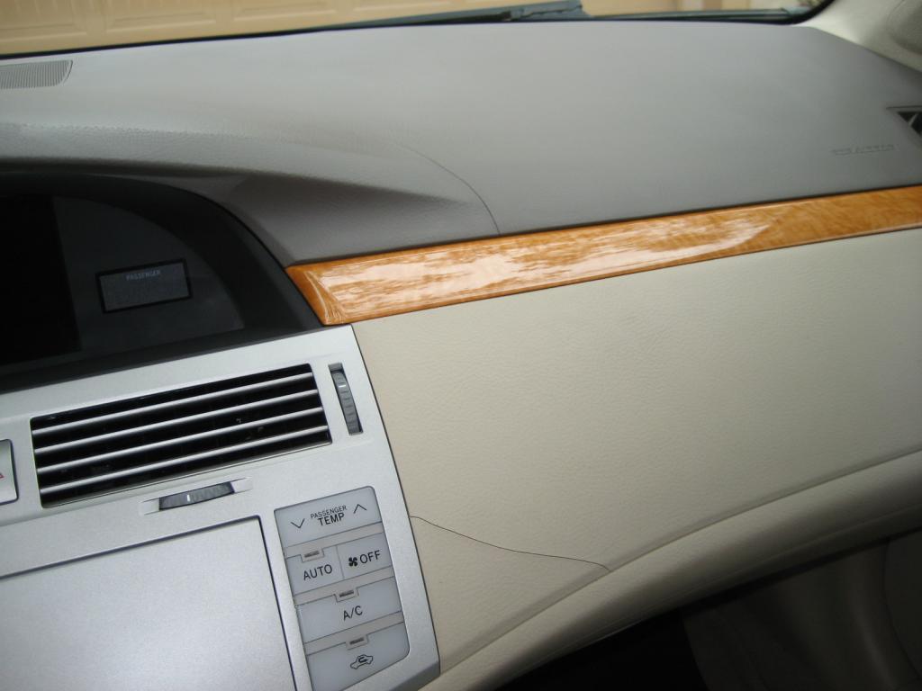2007 Toyota Avalon Cracked Dash Board 13 Complaints