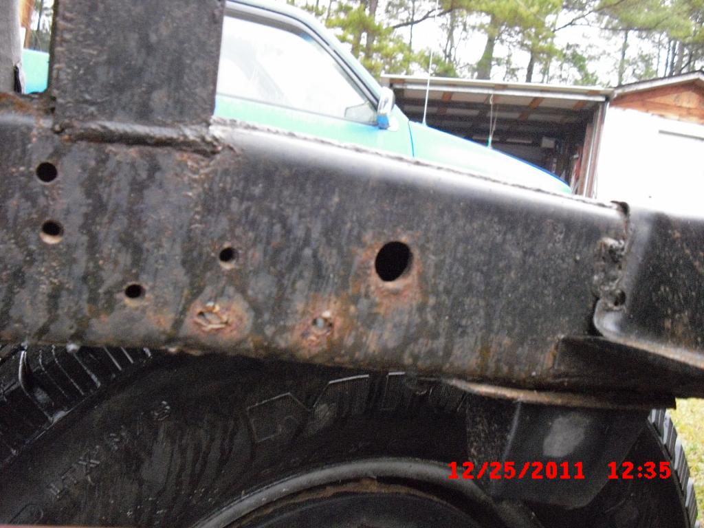 1993 Nissan Pickup Rusted Out Frame: 2 Complaints