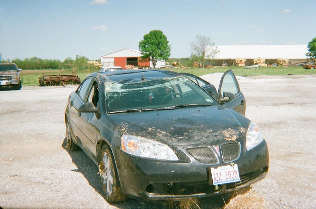 2005 pontiac g6 clunking noise from steering 16 complaints. Black Bedroom Furniture Sets. Home Design Ideas