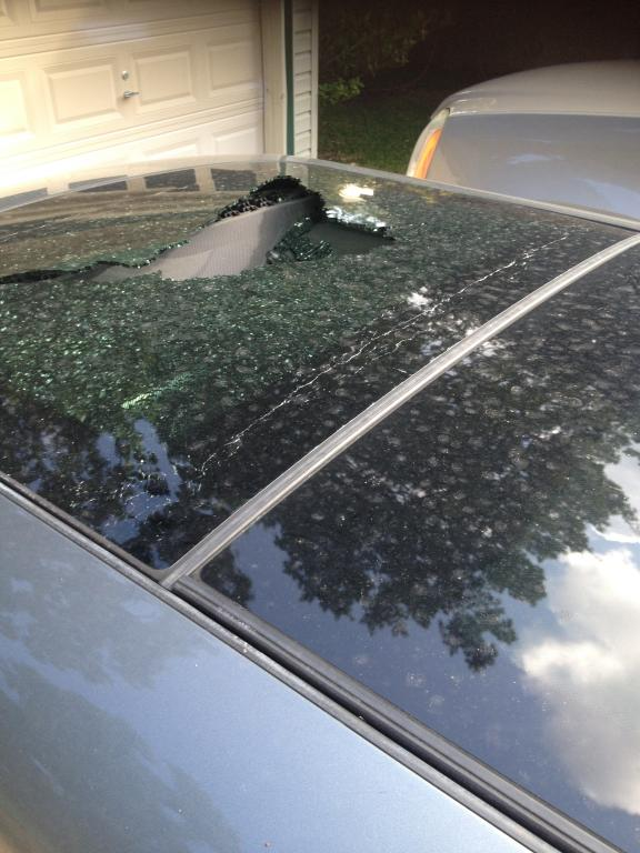 2007 Mini Cooper S Sunroof Explosion Shattered 1 Complaints