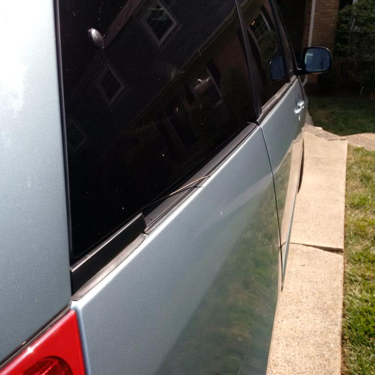 2009 Toyota Sienna Power Sliding Door Failure 9 Complaints