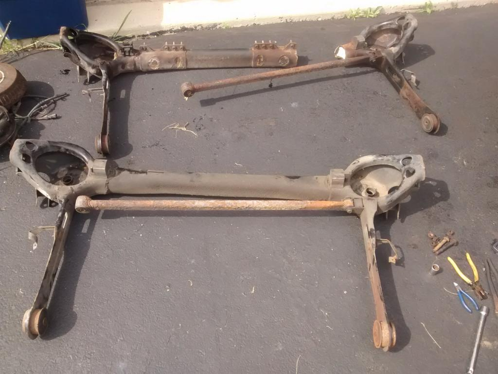 2003 Ford Windstar Rear Axle/Control Arm Cracked At Point ...