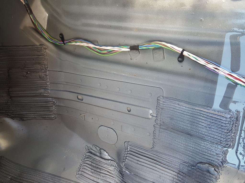 2011 Jeep Liberty Water Leaking In Through Sunroof  1 Complaints