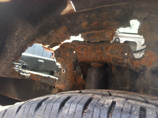 2004 Ford Escape Shock Mount Rusted 6 Complaints