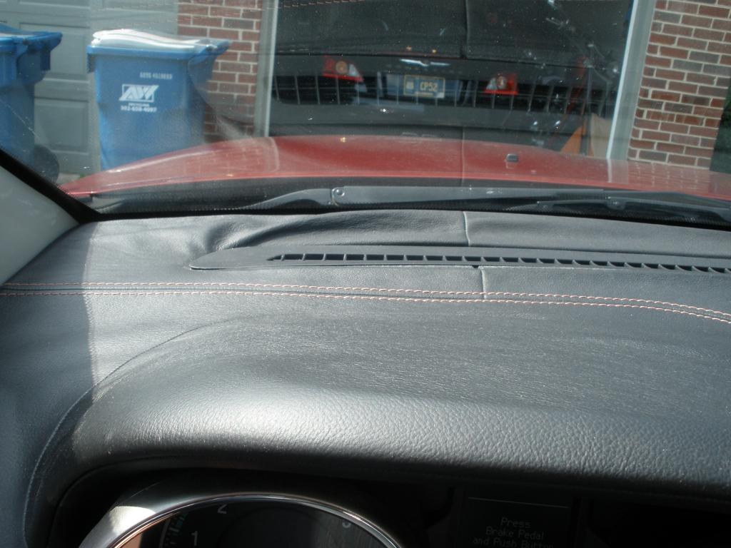 2012 Jeep Grand Cherokee Leather Dash Has Delaminated 24