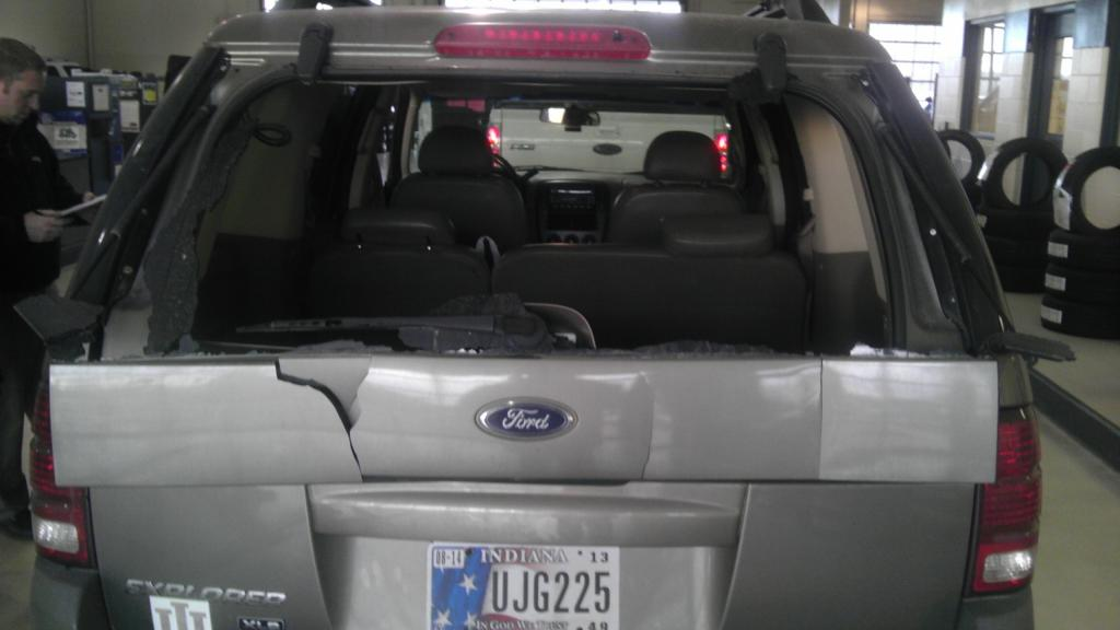 2002 Ford Explorer Rear Lift Gate Window Exploded 81