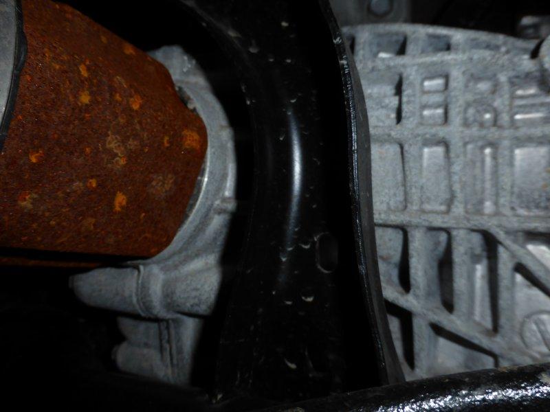 2014 Jeep Grand Cherokee Underbody Rust Corrosion 1