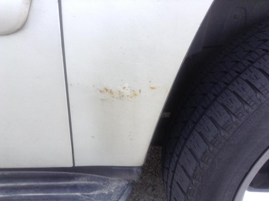 2008 Chevrolet Suburban Rusting: 2 Complaints