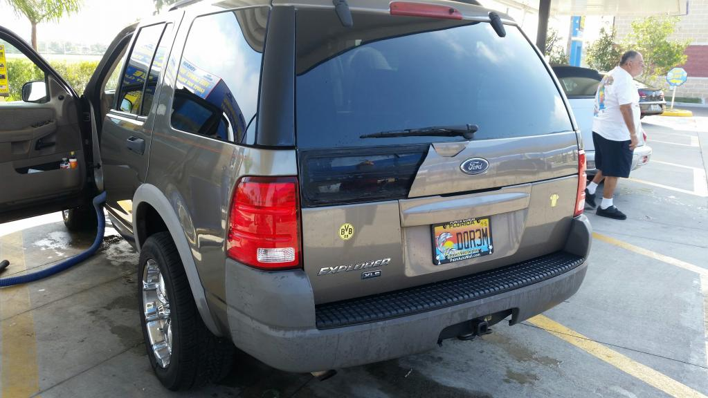 2002 ford explorer cracked panel below the rear window