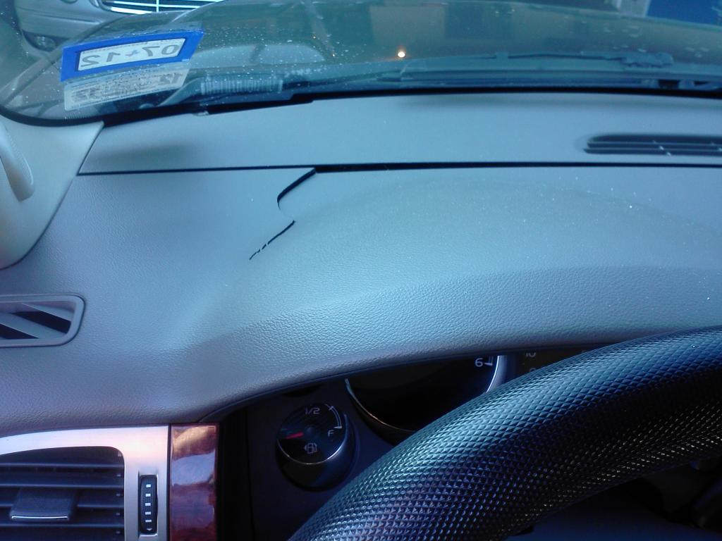 2007 Chevrolet Avalanche Cracked Dashboard 36 Complaints