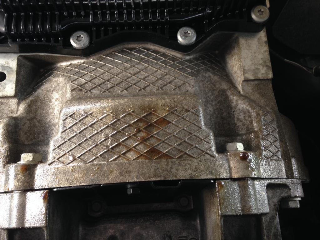 2015 Dodge Charger Oil Leak 1 Complaints