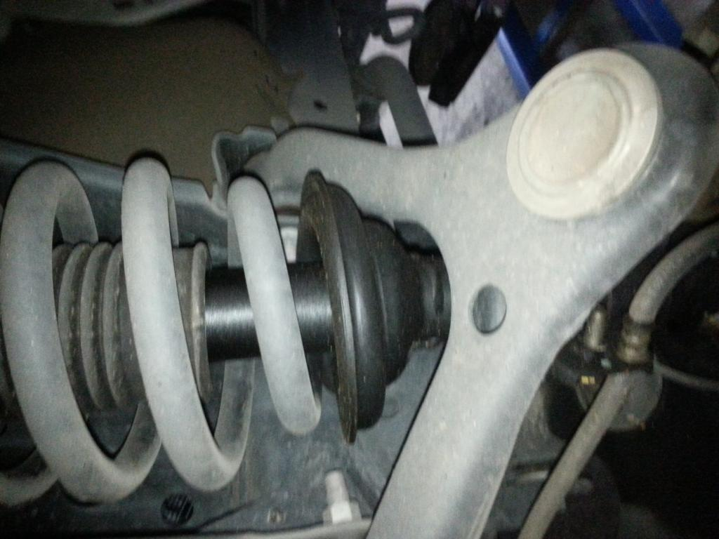 Car Leaking Oil >> 2012 Toyota Innova Shock Leaking: 1 Complaints