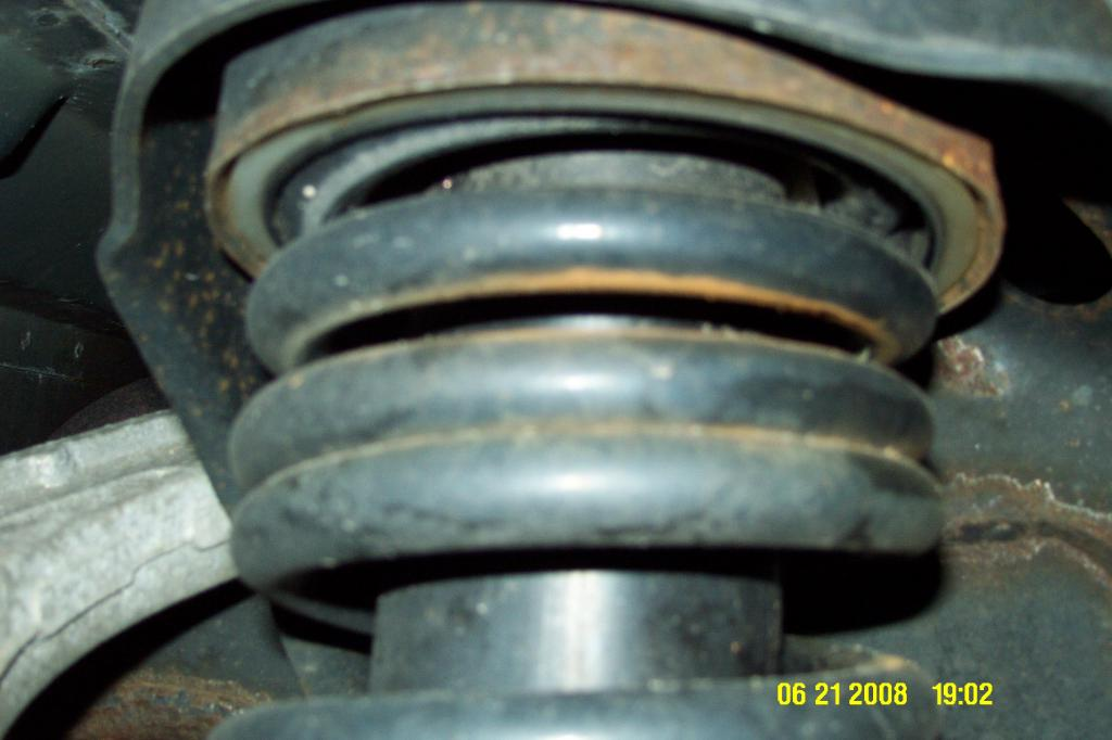 broken coil springs ford suspension 2003 explorer spring rear problem complaints