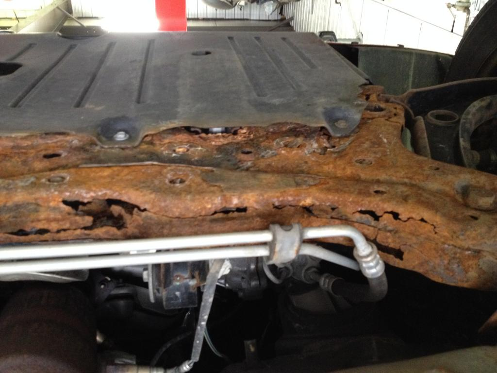 2009 jeep patriot engine cradle has rusted thru 6 complaints. Black Bedroom Furniture Sets. Home Design Ideas