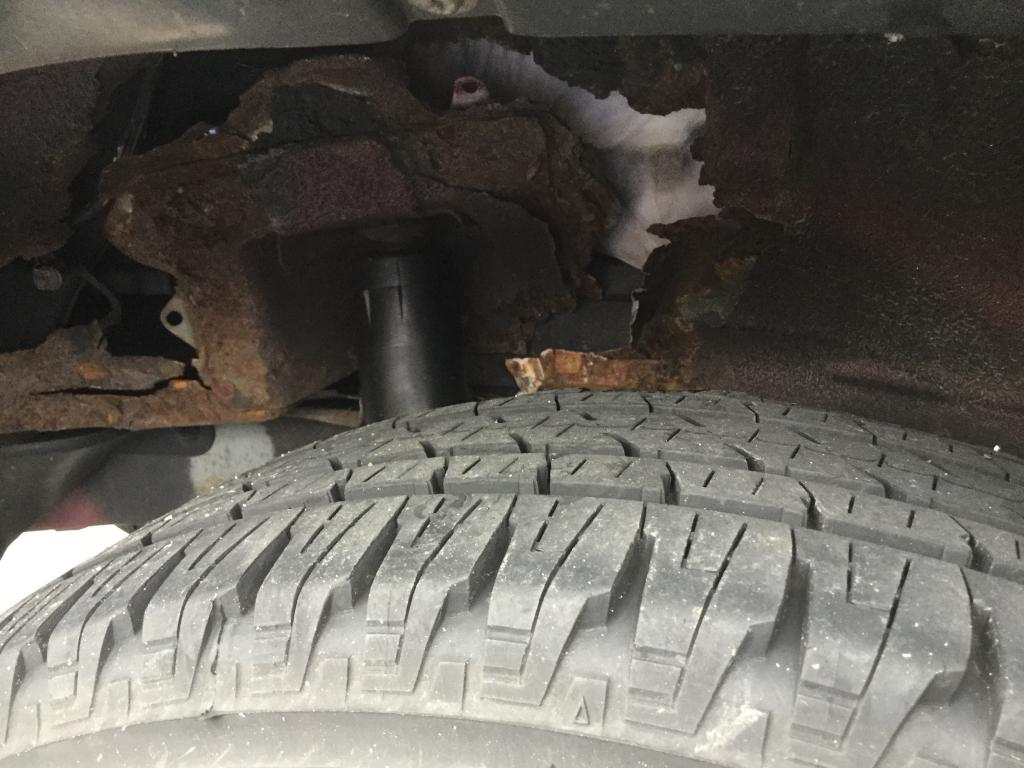 2005 Mazda Tribute Wheel Well Area Completely Rusted Out