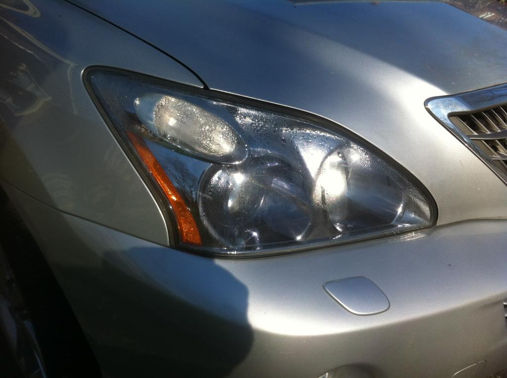 2008 Lexus Rx400h Headlamp Condensation 2 Complaints