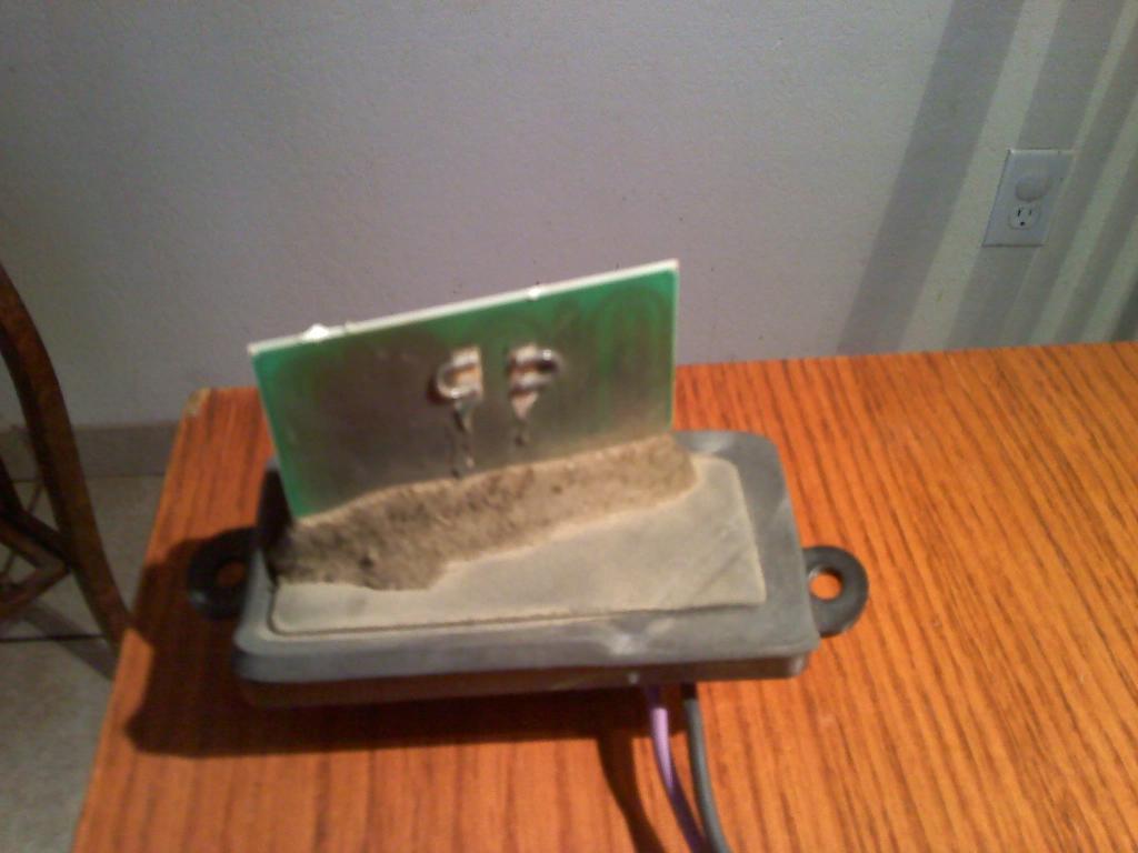 2004 chevrolet silverado temperature control stuck on hot