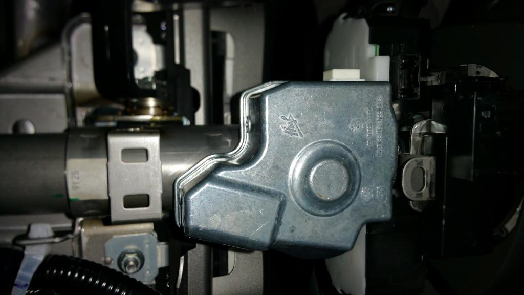 2010 Nissan Cube Steering Lock Assembly Malfunction 8 Complaints