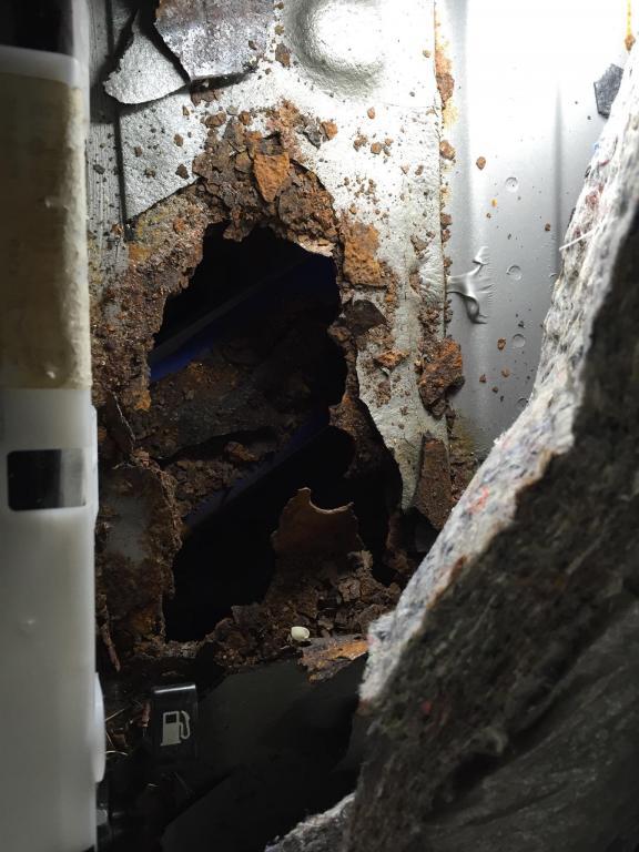 Jim Click Nissan >> 2006 Nissan Altima Floor Panels Rusting Out Prematurely: 26 Complaints