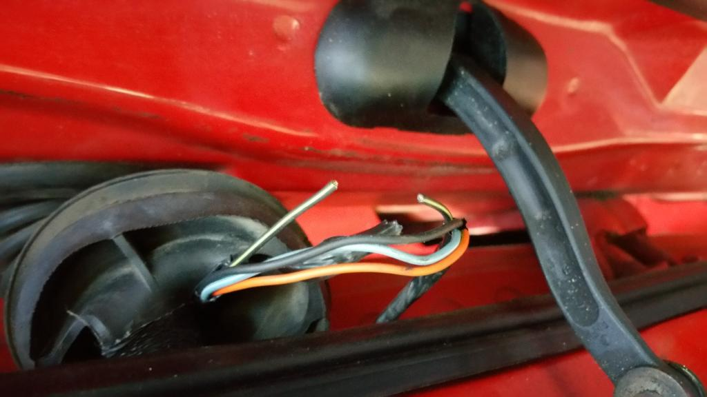2003 Ford F350 Interior Lights Stay On