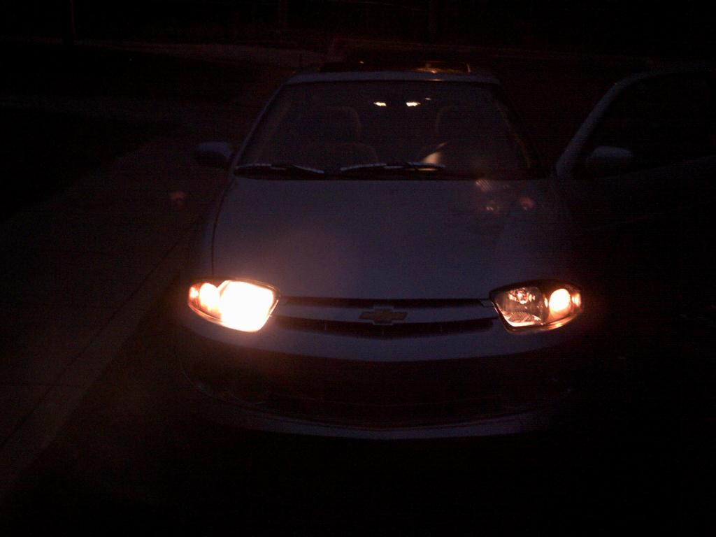 2004 Chevrolet Cavalier Headlight Failure: 3 Complaints