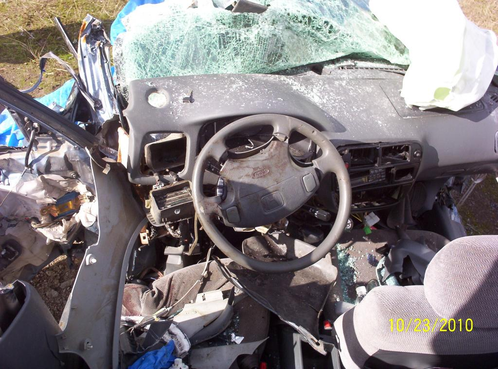 When Do Airbags Deploy In An Accident >> 1998 Honda Civic Driver Airbag Did Not Deploy The Passenger Did In