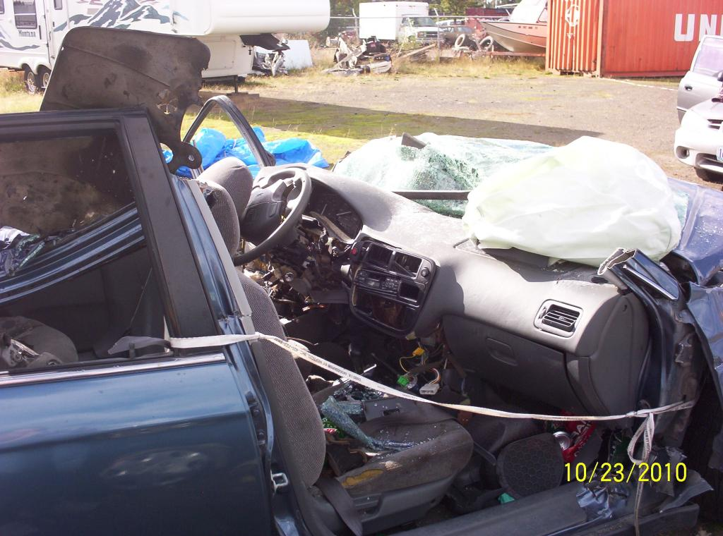 1998 Honda Civic Driver Airbag Did Not Deploy The Passenger Did In Accident: 1 Complaints