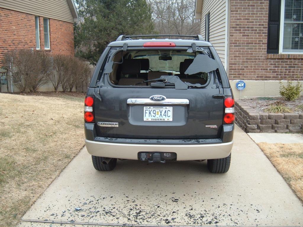 2007 ford explorer rear window exploded 1 complaints. Black Bedroom Furniture Sets. Home Design Ideas
