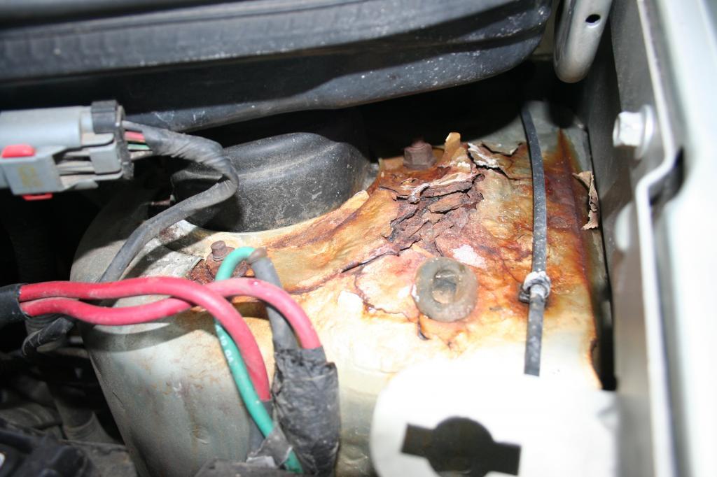 2000 Dodge Caravan Rusted Out Strut Towers 4 Complaints
