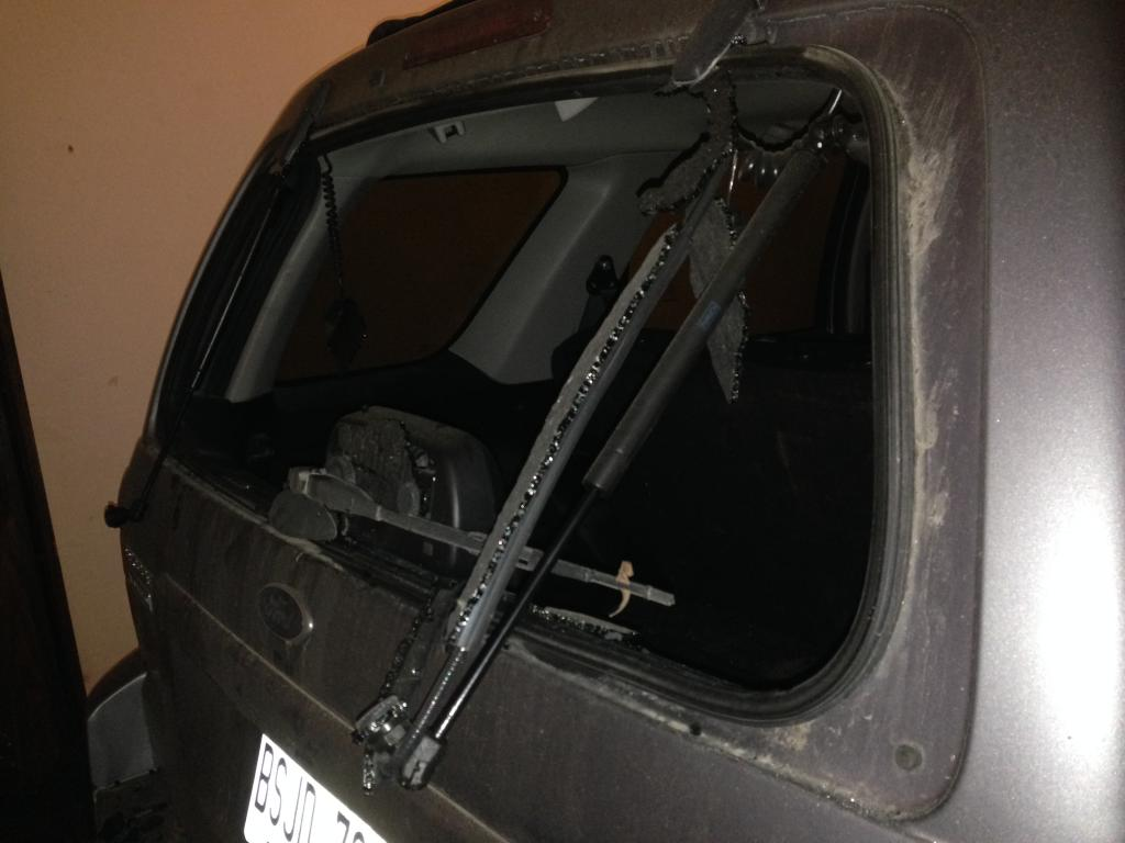 New Ford Explorer >> 2007 Ford Escape Rear Windshield Exploded: 15 Complaints