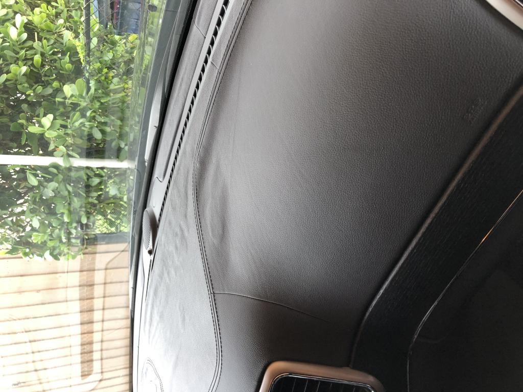 2014 Jeep Grand Cherokee Leather Bubbling On Dashboard