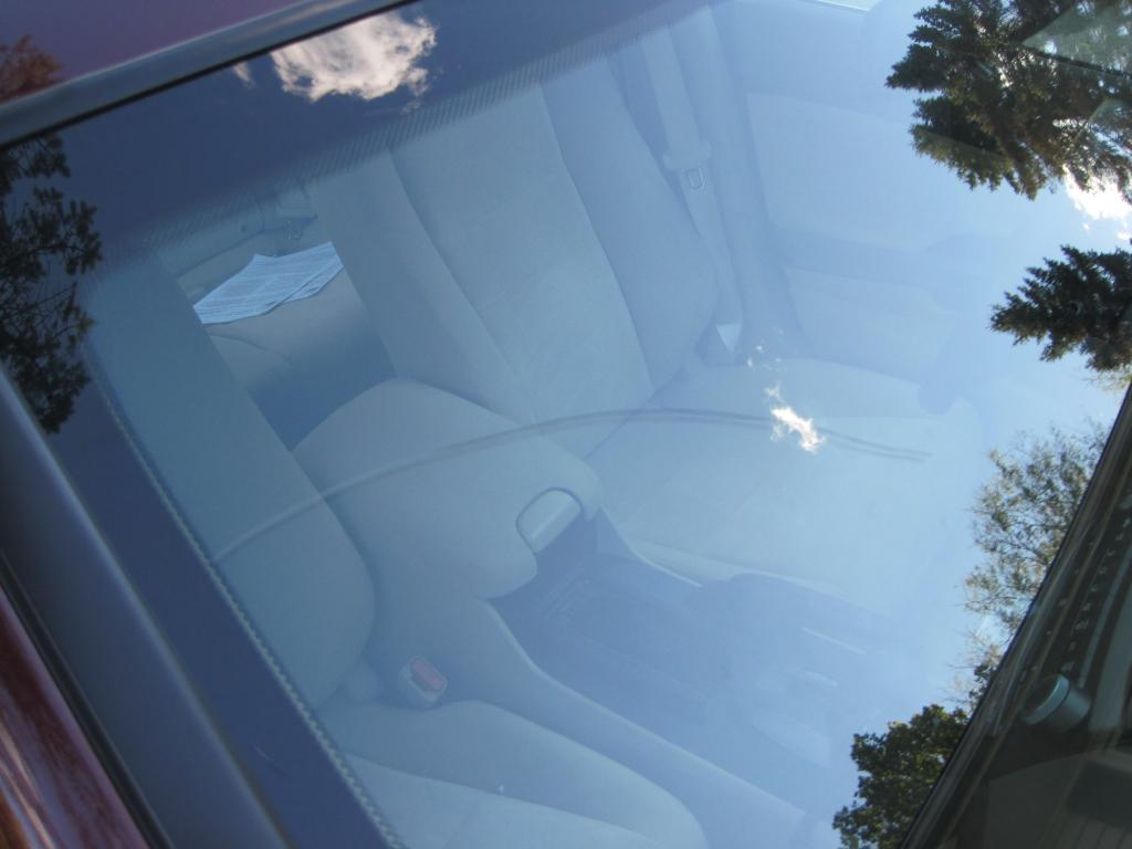 2010 Honda Accord Windshield Cracks Randomly 2 Complaints