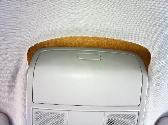 2006 volkswagen jetta headliner separating from ceiling 9 complaints. Black Bedroom Furniture Sets. Home Design Ideas