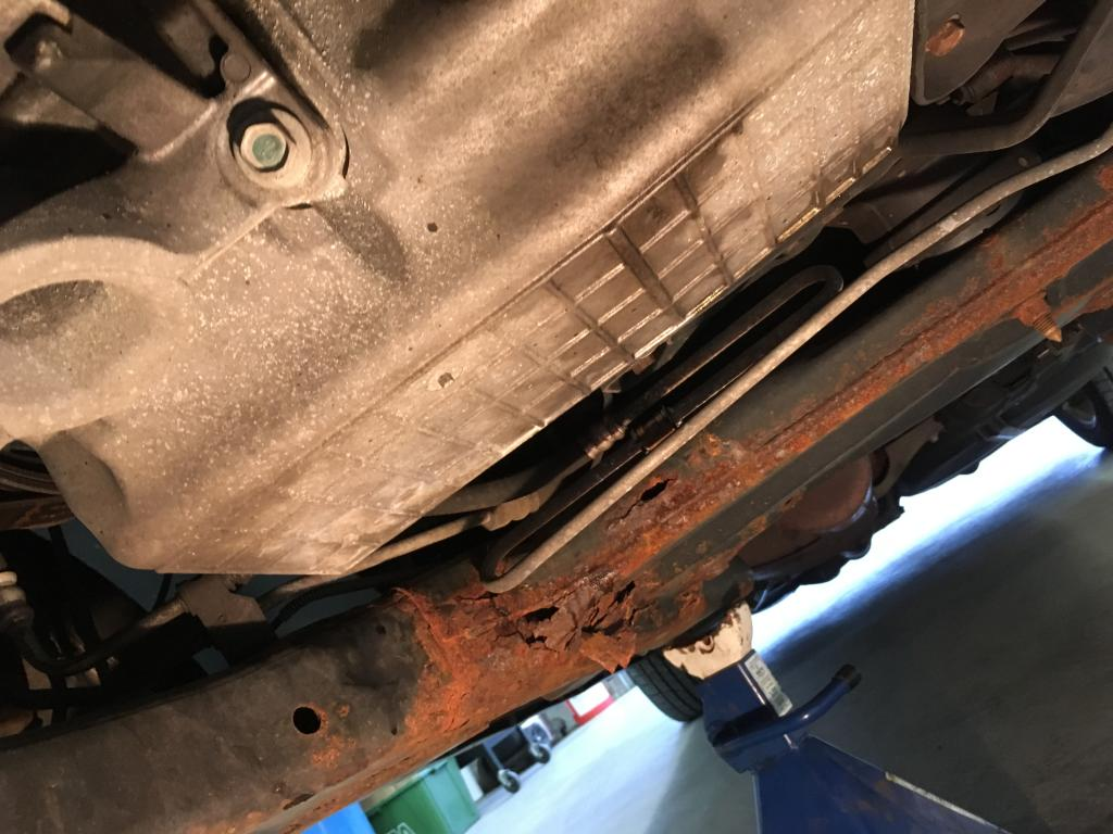 2005 Chrysler Pacifica Rusted Out Engine Cradle 34 Complaints