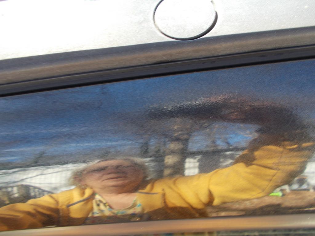 2008 Pontiac Torrent Side Moldings Peeling Off 4 Complaints
