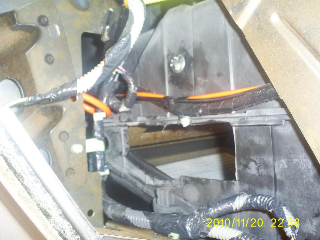 1999 Ford Windstar Blend Door Cracked In The Heater Core