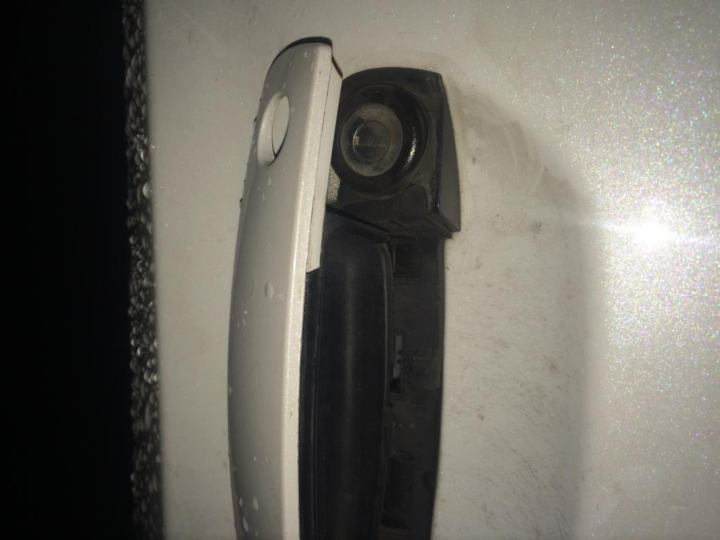 2013 Dodge Charger Door Handle Broken 1 Complaints