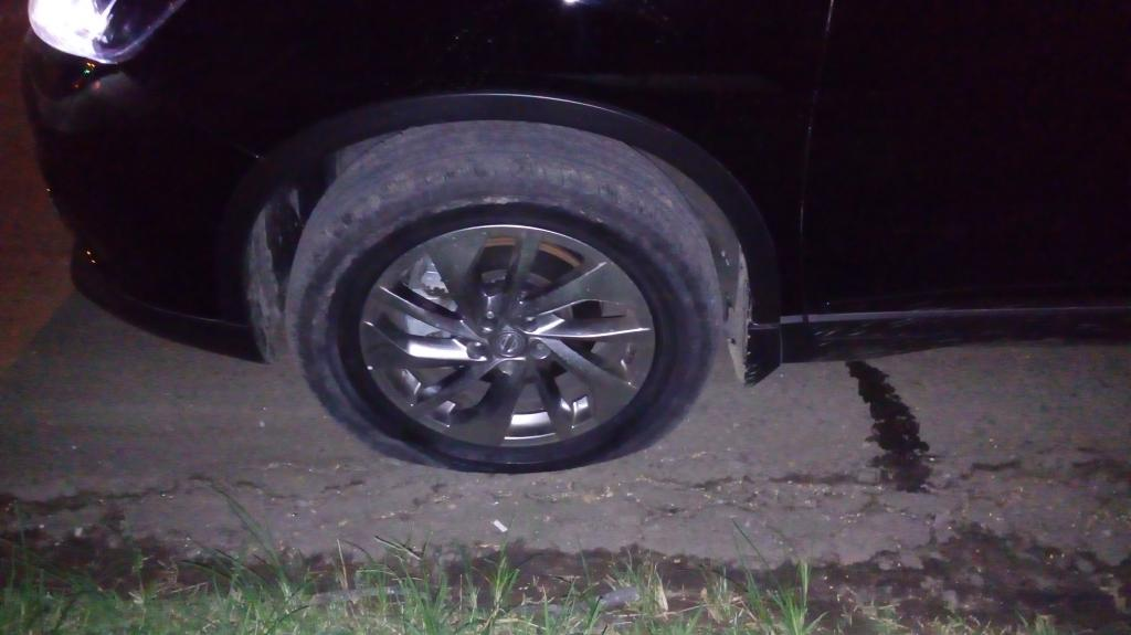 2015 Nissan X Trail Cracked Rim Blew Tire 1 Complaints