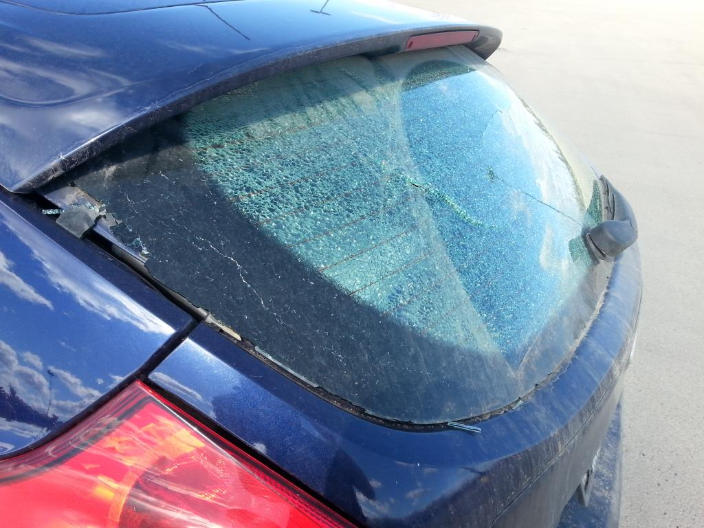 2012 ford focus rear window exploded 16 complaints for 16 window