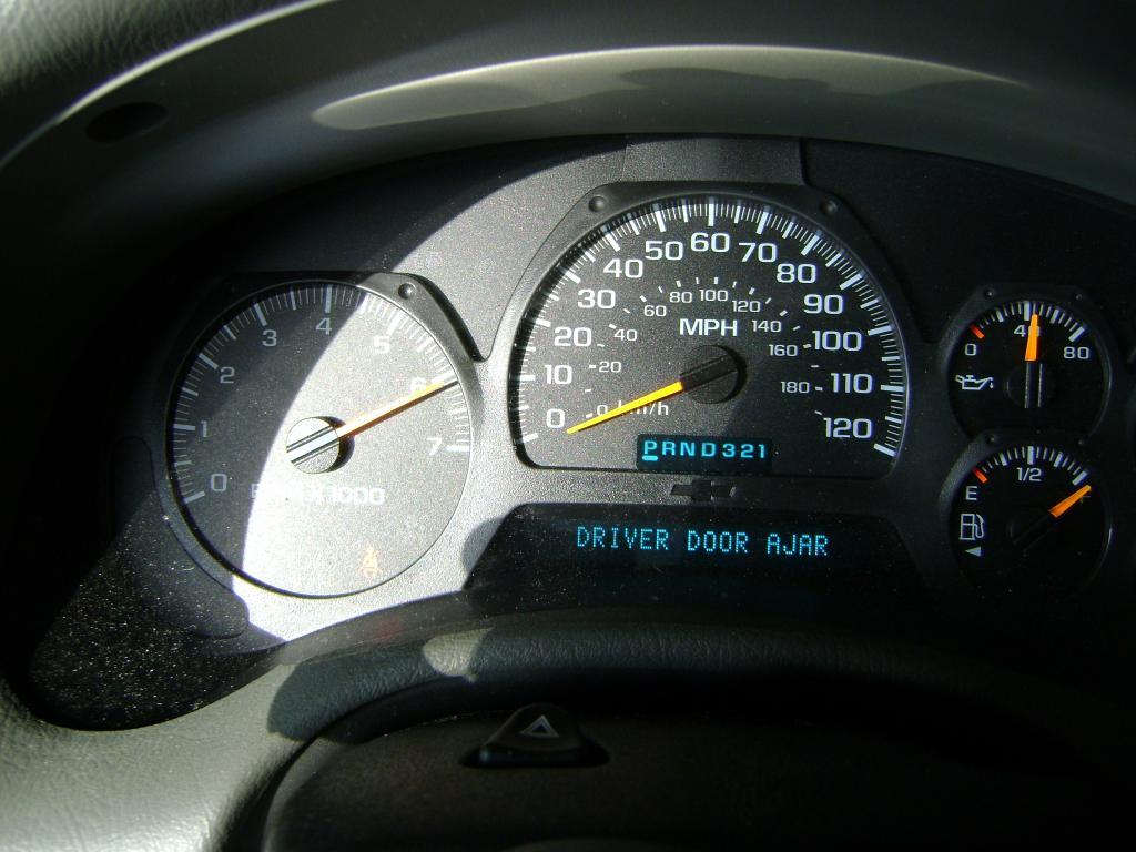 2004 Chevrolet Trailblazer Gauges Fluctuate: 82 Complaints | Page 3
