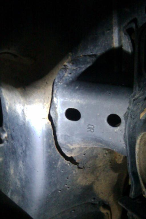 How To Recall An Email >> 2007 Toyota FJ Cruiser Frame Is Broken Near Motor Mount: 1 ...