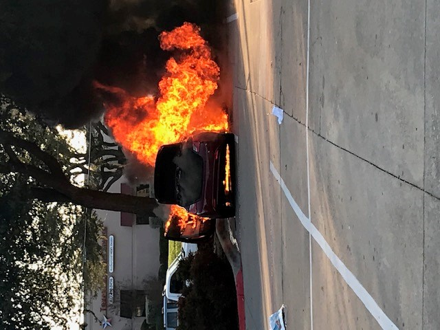 2011 Hyundai Sonata Engine Caught Fire | CarComplaints com