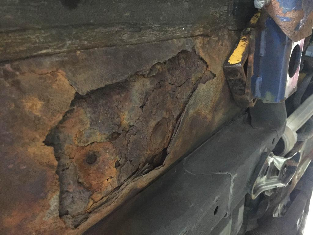 2005 Nissan Altima Floor Pan Rusted Through: 64 Complaints ...