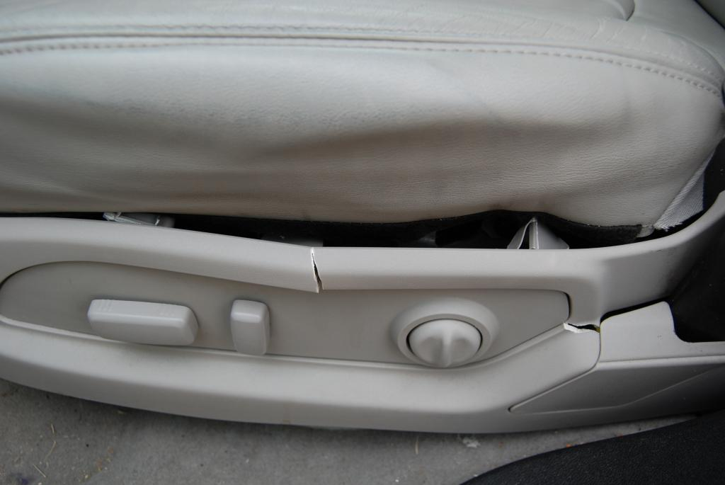 2012 Gmc Acadia Seats Are Cracking And Breaking Apart 5